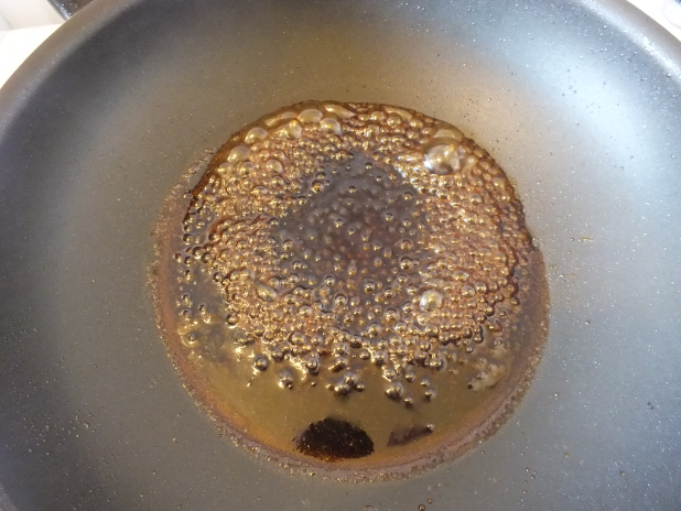 gula djawa siroop krijgt grote kleverige bubbels 618