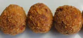 Perkedel tahoe met kip – tahoeballetjes