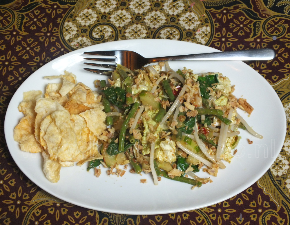 Pecel met emping