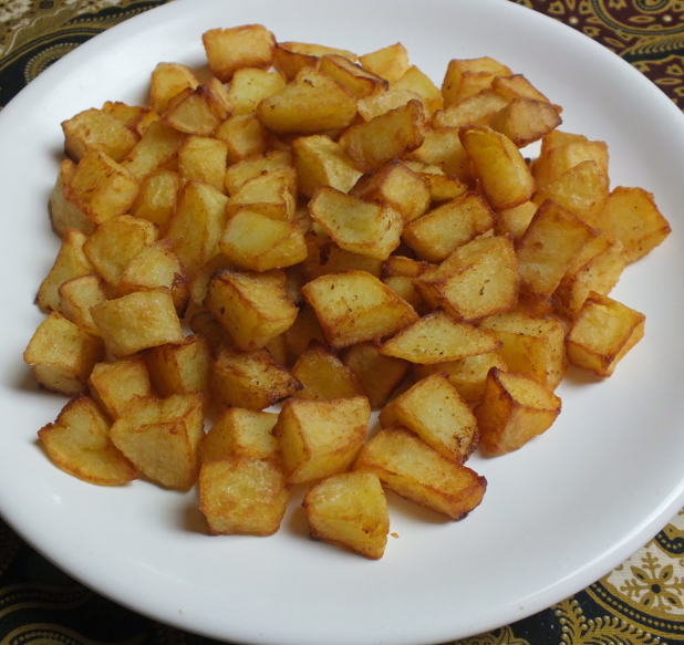 aardappelblokjes gefrituurd