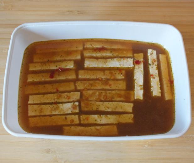 plakjes in een bakkie met boemboe